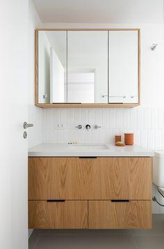 Washroom Design, Bathroom Design Small, Simple Bathroom, Bathroom Interior Design, Modern Bathroom, Big Bathrooms, Amazing Bathrooms, Bathroom Shelves, Bathroom Storage