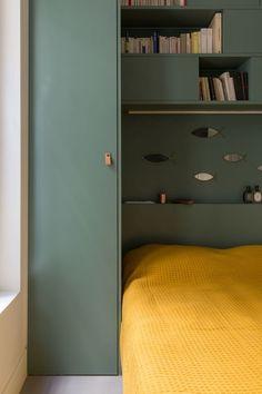 Bedroom Bed Design, Small Room Bedroom, Home Room Design, Home Bedroom, Bedroom Decor, Bedroom Built Ins, Bedroom Storage, Bedroom Layouts, Bedroom Styles
