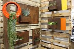 Find and save 33 diy modern outdoor planter wall ideas on Decoratorist. See more about diy, modern, outdoor. Dwell On Design, Outdoor Wall Decor, Patio Design, Outdoor Walls, Modern Planters Outdoor, Modern Landscaping, Wall Planters Outdoor, Colorful Furniture, Modern Garden Furniture