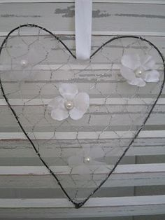 chicken wire heart