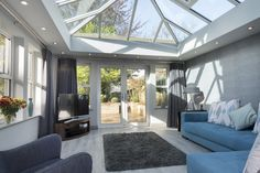 Create a perfect conservatory extension. Find small conservatory ideas and modern conservatory inspiration on our website. Contact us for conservatory prices. Furniture Design Modern, Living Room Decor Cozy, House Design, Glass Conservatory, Conservatory Playroom, Conservatory Decor Small, House Extension Design, Modern Houses Interior, Conservatory Interior