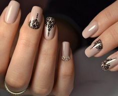 Best Nail Polish Colors of 2020 for a Trendy Manicure Red And Gold Nails, Matte Pink Nails, Camo Nail Designs, Nail Art Designs, Opi Nail Polish Colors, Nail Colors, Ongles Rose Mat, Summer Gel Nails, Simple Acrylic Nails