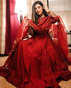 Call/WhatsApp : Unique and thoughtful craftsmanship makes our outfit different and even reserves its value for the future. Pakistani Fashion Party Wear, Pakistani Wedding Outfits, Pakistani Dresses Casual, Indian Gowns Dresses, Indian Fashion Dresses, Pakistani Bridal Dresses, Dress Indian Style, Pakistani Dress Design, Indian Designer Outfits