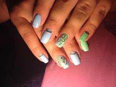 Color transition nails, Fashion nails 2016, flower nail art, Gold casting nails design, Gradient manicure with gel polish, Gradient nails 2016, Green and blue nails, Manicure by summer dress