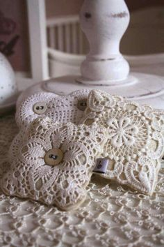 lavender filled with vintage lace Doilies Crafts, Lace Doilies, Fabric Crafts, Sewing Crafts, Sewing Projects, Lavender Bags, Lavender Sachets, Vintage Crafts, Vintage Sewing