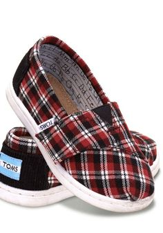 These adorable plaid Classics are perfect for all activities, indoors and out.