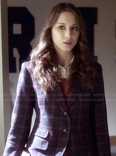 Spencer's plaid blazer on Pretty Little Liars.  Outfit Details: http://wornontv.net/18337/ #PrettyLittleLiars
