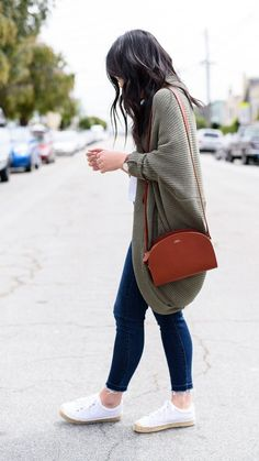 Cold spring outfit, cute cardigans, preppy winter outfits, cardigans for wo Cute Cardigan Outfits, Cute Cardigans, Cardigans For Women, Gray Cardigan, Cardigan Sweaters, Summer Cardigan Outfit, Oversized Sweaters, Preppy Winter Outfits, Fall Outfits