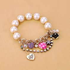 Inviting Simulated Pearl Braclet With Nice Fushia Element  - New In