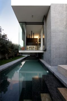 Hanging Home, Malta, by Chris Briffa Architects. Photo by David Pisani.