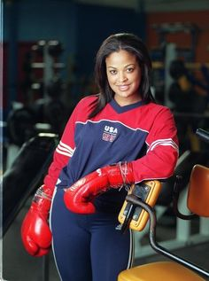 Laila Ali Photos Photos: FILE PHOTO: Boxing icon Muhammad Ali, who is battling Parkinson's disease, is due to celebrate his birthday tomorrow (January The three-time world heavyweight champion has begun celebrations early in his home town o Boxe Fight, Boxing Girl, Boxing Boxing, Female Boxers, African Royalty, Badass Women, Sexy Women, Muhammad Ali, African American Women
