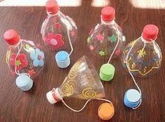 Amb botelles i taps de plàstic, encertar!