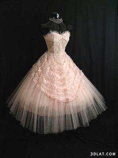 Robe rose pâle
