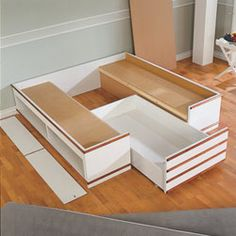 7 Creative and Modern Ideas Can Change Your Life: Small Bedroom Remodel Sinks master bedroom remodel the doors.Bedroom Remodel On A Budget Hardwood Floors rustic bedroom remodel bathroom ideas. Diy Storage Ottoman, Diy Storage Bed, Bedroom Furniture, Diy Furniture, Bed Designs With Storage, Storage Bed Queen, Remodeling Mobile Homes, Bedroom Remodeling, Diy Bed Frame