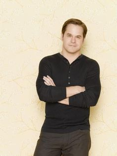 """THERE I PINNED IT!!!!! I would marry Kyle Bornheimer in a District 12 minute!!!! (LOVE him in """"She's Out of Your League"""")   With or without the weight, this cat is so sexy and so funny! Please get him a TV show that lasts (remember him from """"Worst Week Ever"""" and """"Perfect Couples""""?)"""