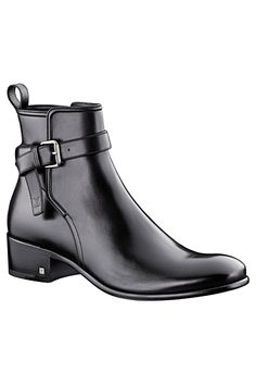Louis Vuitton - Men's Accessories Smooth for My Man! Mens Shoes Boots, Shoe Boots, Men's Boots, Cowgirl Boots, Riding Boots, Moda Fashion, Fashion Shoes, Fashion Women, Men's Fashion