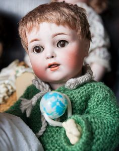 The Puppenhausmuseum houses an exquisite collection of over 2500 antique dolls, doll houses, rare miniatures and other children's toys Doll Museum, Antique Dolls, Kids Toys, Miniatures, English, Antiques, Collection, Puppets, Kids