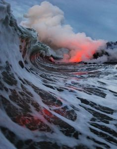 waves and volcano eruption