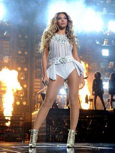 Beyonce Mrs Carter Tour
