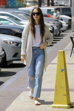 Lily Collins wearing Westward Leaning Moore Sunglasses, Jimmy Choo Marianne Bag and Frye Ruth Sandals in White Lily Collins Casual, Lily Collins Style, Star Fashion, Look Fashion, Korean Fashion, Fashion Outfits, 00s Fashion, Everyday Outfits Simple, Cool Outfits