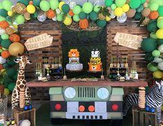 Birthday / Safari - Photo Gallery at Catch My Party Safari Theme Birthday, Jungle Theme Parties, Wild One Birthday Party, Safari Birthday Party, Baby Boy Birthday, Boy Birthday Parties, Birthday Ideas, 2 Baby, Safari Decorations