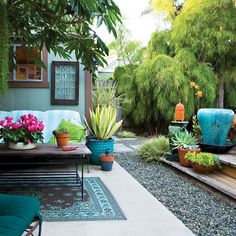 Adorable 70 Totally Difference Summer Backyard Ideas & Landscapinghttps://oneonroom.com/70-totally-difference-summer-backyard-ideas-landscaping/