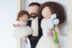 Needle felted, personalized dolls, family portrait in frame, wedding gift Family Portraits, Needle Felting, Wedding Gifts, Dolls, Frame, Family Posing, Wedding Day Gifts, Baby Dolls, Picture Frame