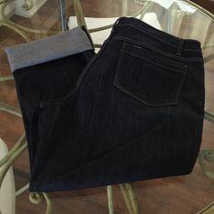 Simply Vera Roll Cuff Capri Dark wash - new without tags - 16P Simply Vera Vera Wang Pants Capris