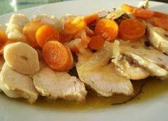 Pechugas de pollo en escabeche | Cocina Puerto Rico Food, Fruit Salad, Tapas, Potato Salad, French Toast, Recipies, Meat, Chicken, Cooking