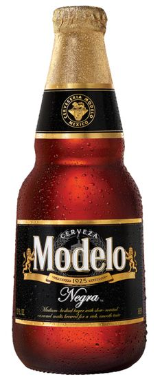 Modelo Negra - a Munich Dunkel Lager style beer made in St. Louis, MO by Anheuser-Busch InBev. Beer Brewing, Home Brewing, Best Beer To Drink, Modelo Beer, Home Brew Supplies, Mexican Beer, Dark Beer, Alcohol Bottles, Black