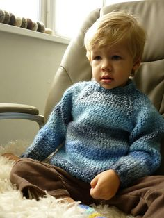 Ravelry: Chunky Raglan Pullover for Toddler pattern by Julia Biryukova - This is a FREE pattern