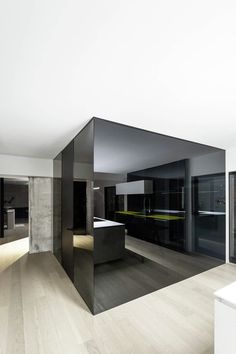 here are our favorite Minimalist Apartment Design. Find ideas and inspiration for Minimalist Apartment Design to add to your own home. Apartment Renovation, Apartment Design, Dream Apartment, Studio Apartment, Modern Interior Design, Home Design, Design Ideas, Design Room, Studio Design