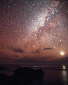 across an African sky Vincent Van Gogh, Stargazing, Galaxies, Northern Lights, African, Sky, Sunset, Travel, Outdoor