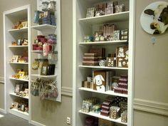Flo store bookshelf idea