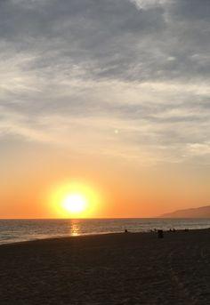 Up this week in Zippertravel's PlaceMaker Series: Painter Eamon Harrington in Malibu California Malibu Beaches, Malibu California, Celestial, Sunset, Digital, World, Travel, Outdoor, Sunsets