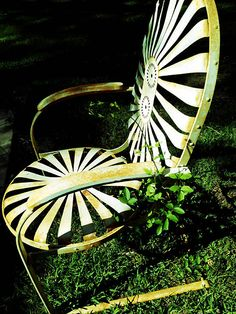 vintage outdoor lounge chairs