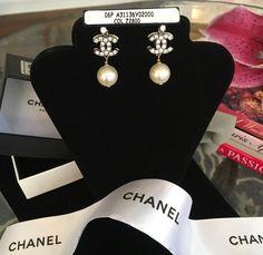 Authentic Rare CHANEL Pearl Drop Earrings Dore Cristal in Box Neiman Marcus #CHANEL #DropDangle