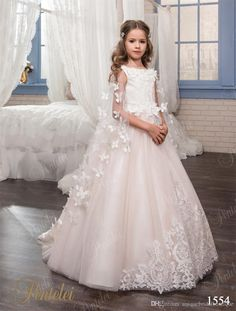 Kids Wedding Dresses with Butterfly Wraps 2017 Pentelei Hand Made Flowers Tulle Pre-Teens Girls Party Gowns Custom Made