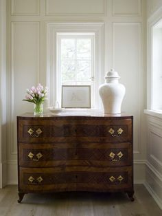 I am in love with this millwork