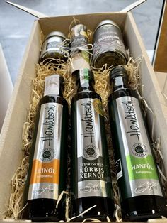 Mir ist die Fam. Hamlitsch mit ihren Produkten deshalb ins Auge gestochen, weil es eine der wenigen von ca. zehn mittelständischen Ölmühlen in Österreich ist, die 100% steirisches Kürbiskernöl - auch in BIO Qualität - erzeugen. Wine Rack, Gifts For Coworkers, Wine Racks