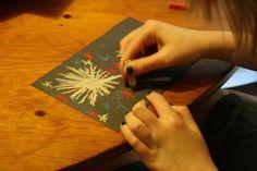 Sparkler Chalk Pastel tutorial from Hodgepodge. #patriotic #crafts #kids