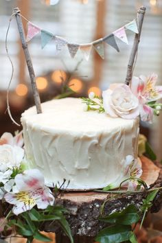 rustic pretty! photography by loveisabigdeal.com. so cute!