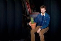 love you Micheal Cera! Micheal Cera, Michael Angarano, John Mulaney, Nicholas Hoult, Scott Pilgrim, Famous Last Words, I Don T Know, Reaction Pictures, Funny People