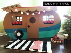 BASIC CUSTOM PARTY PACK INCLUDES:  7 fill in invitations + envelopes 7 blank name tags 10 blank food name tags 1 Happy Birthday Banner 1 camper