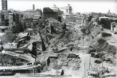 Piazza della Minerva ca) Italy Pictures, Old Pictures, Old Photos, Ancient Ruins, Ancient Rome, Rome Map, Best Cities In Europe, Romulus And Remus, Roman History