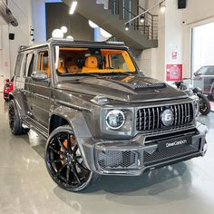 Mercedes Benz G Class, Mercedes Amg, Custom Clothes, Luxury Cars, Dream Cars, Things To Sell, Link, Shirt, German