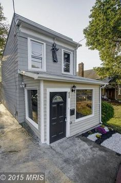 View property details for 630 Larchmont Avenue, Capitol Heights, MD. 630 Larchmont Avenue is a Single Family property with 2 bedrooms and 2 baths for sale at $149,900. MLS# PG8769742.