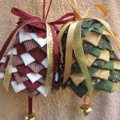 No Sew Bell Ornament Pattern - via @Craftsy