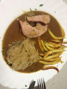 Vom Freitag im Lamm/ Kasseler mit Schupfnudeln, deftigen Sauerkraut und einer hausgemachten Rotwein-Bratensauce