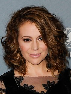 Alyssa Milano's latest selfies are upsetting a lot of  people
